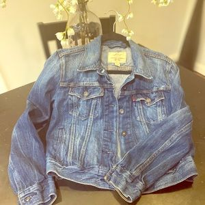 Brand new Levi's trucker jacket